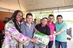 Governo realiza entrega de material esportivo em Santa Brígida