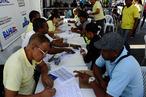 Ação do SineBahia Móvel encaminha 220 candidatos a vaga de empreg...