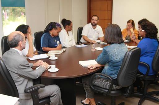 Secret�rio �lvaro Gomes garantiu ver com muita compreens�o e clareza as preocupa��es do grupo.