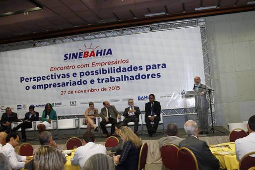 Empres�rios da ind�stria, com�rcio e servi�os discutiram com a Setre ado��o de medidas que fortale�am a pol�tica de gera��o de empregos na Bahia.
