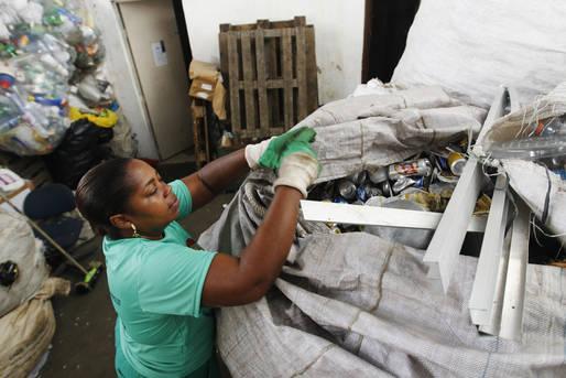 Com investimento de R$ 165 mil, o projeto vai beneficiar 210 trabalhadores de seis municípios baianos.